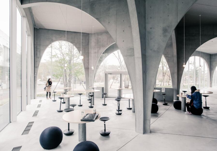Tama University of Art Library